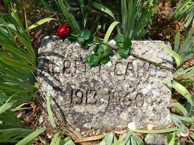 Das Grab von Camus auf dem Friedhof von Lourmarin. © Foto: akr