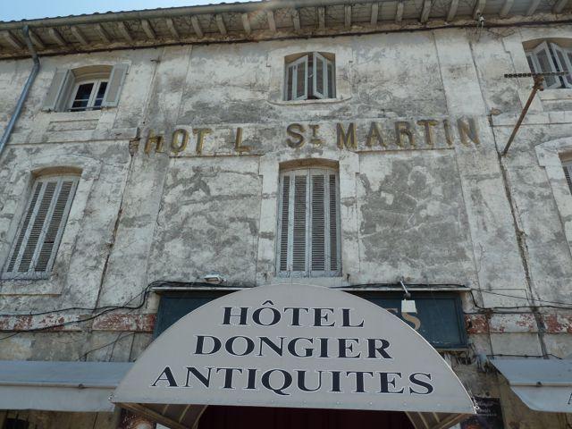Das frühere Hotel St. Martin in L'Isle-sur-la-Sorgue. © Foto: akr