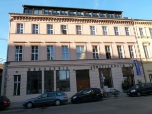Das Kunsthotel Arte Luise, vormals Künstlerheim Luise, in Berlin. ©Foto: Anne-Kathrin Reif